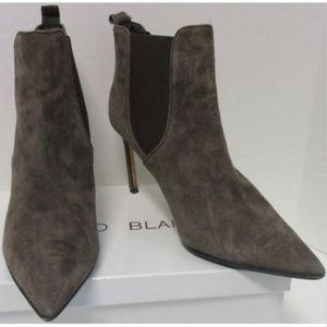 MANOLO BLAHNIK brown suede heel ankle bootie sz 41